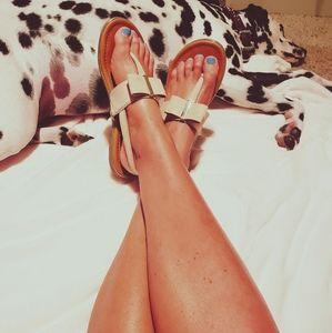 A.N.A. Bow Sandals